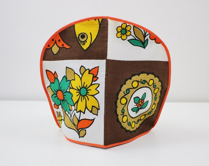 Fab flower power tea cosy / pot cover - waffle printed 1970s