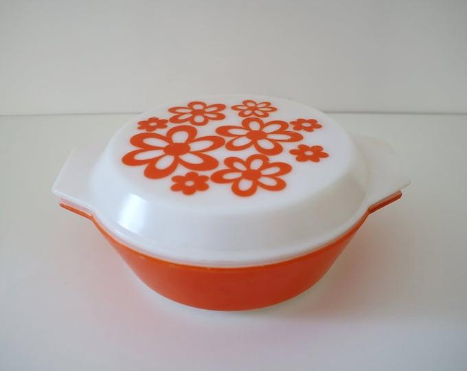 Daisy casserole dish