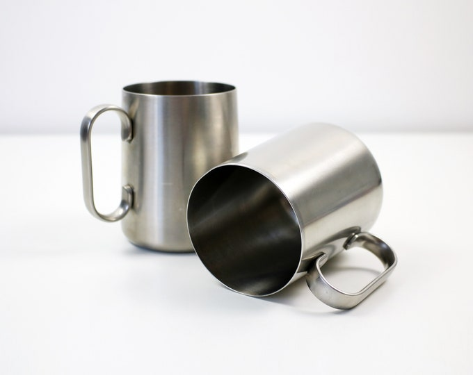 Single modernist stainless steel tankard / mug by Robert Welch for Old Hall - 2 available