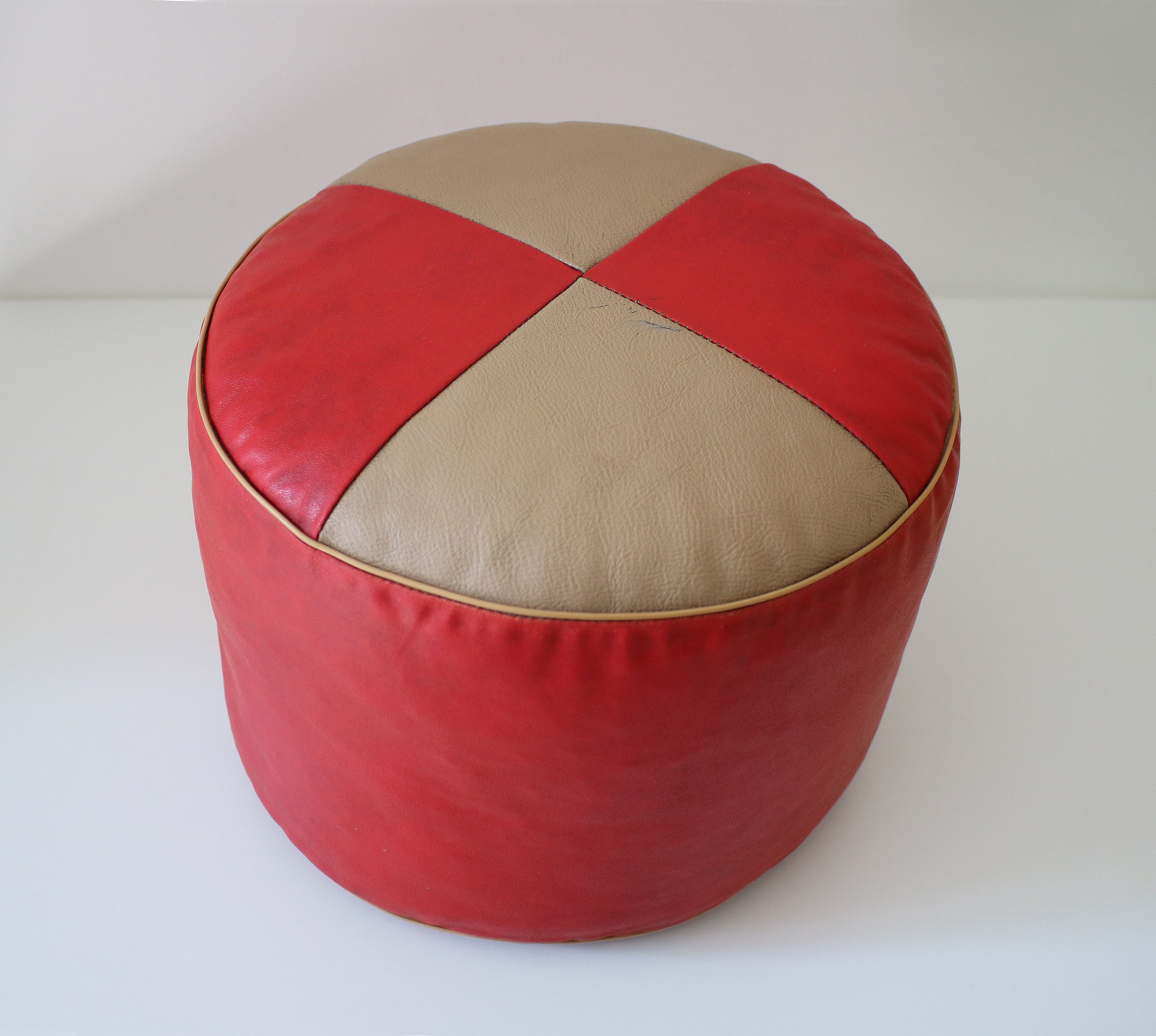 Excellent 1960S Small Straw Stuffed Vinyl Pouffe Foot Stool Rest In Gamerscity Chair Design For Home Gamerscityorg