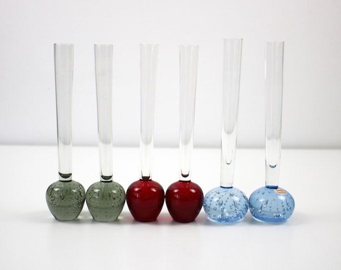 Pair of modernist glass bud vases with controlled bubbles - different colours available