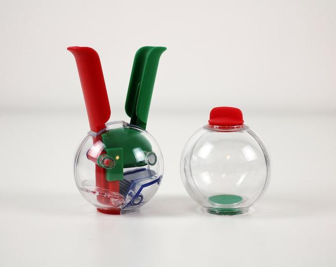 1980s mini salt and pepper balls by Cole & Mason - Memphis style and colours - cruet set