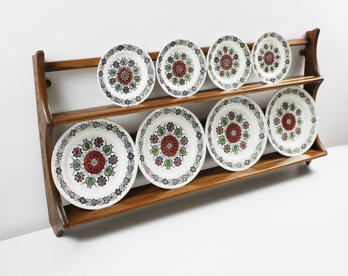 Kathie Winkle Romany plates - Broadhurst Ironstone - Dinner or side plate available