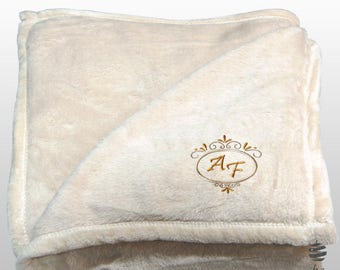 Personalized Multi Use Polar Sofa Bed Travel Fleece Blanket Deluxe   Ref.  Dulcelina   Beige