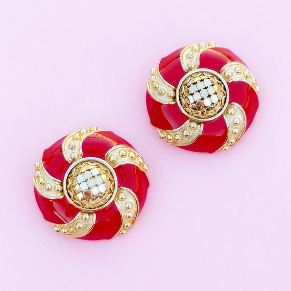 Vintage Gilded Mesh Candy Apple Red Enamel Button
