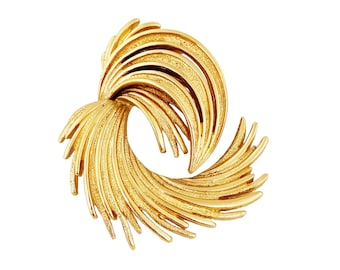 Gold Abstract Swirl Spray Brooch By Monet, 1970s