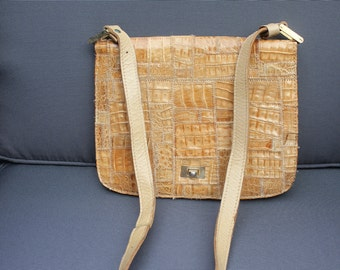 70's vintage bag in leather and beige croc patchwork
