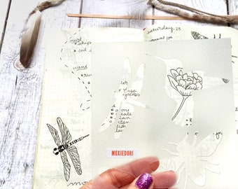 Bee hummingbird dragonfly feather bullet journaling stencil creates spring and summer themed bujo layouts. Catch it over here.