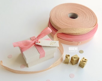 Personalized ring box with pink bow