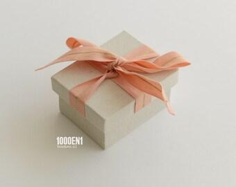 Personalized ring box salmon