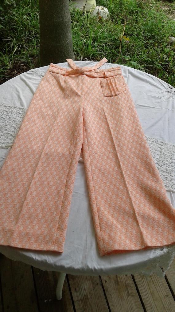 Vintage 1960s-1970s Orange and  white 2pc pant su… - image 3