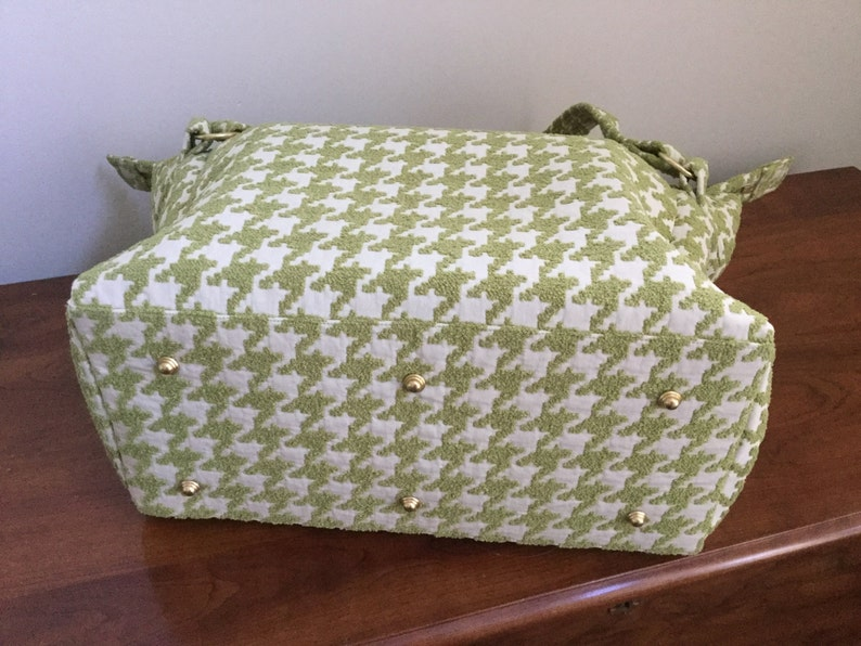 Overnight tote or carry-on bag in large houndstooth fabric