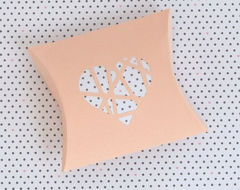 Pillow Box with shattered heart die cut - SVG and DXF Cut Files - for Cricut, Silhouette, Die Cut Machines / packaging / paper cut // #P18