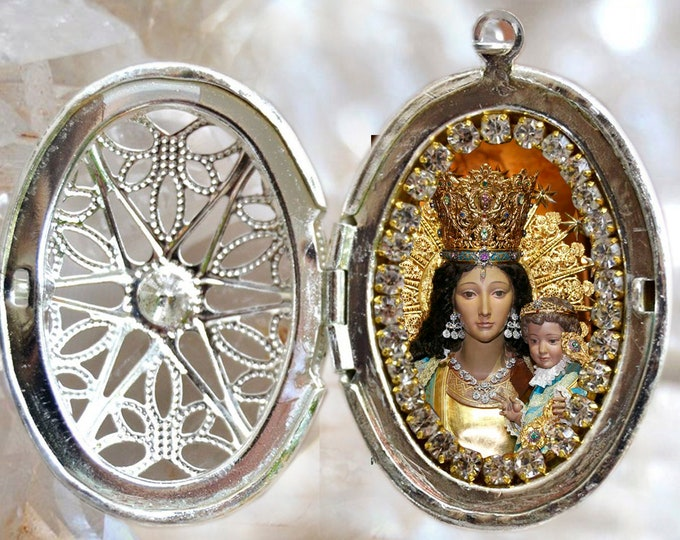 Our Lady of The Forsaken Locket, Our Lady of the Abandoned Ones, Virgen de los Desamparados Christian Religious Jewelry Medal