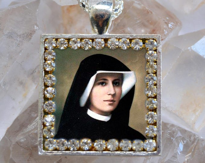 Saint Maria Faustina Kowalska of the Blessed Sacrament Handmade Scapular Necklace Faustyna Christian Religious Jewelry Medal Pendant