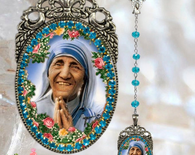 Rosary of Saint Mother Teresa of Calcutta Handmade Catholic Christian Religious Jewelry Medal Pendant Madre Teresa of Calcutta