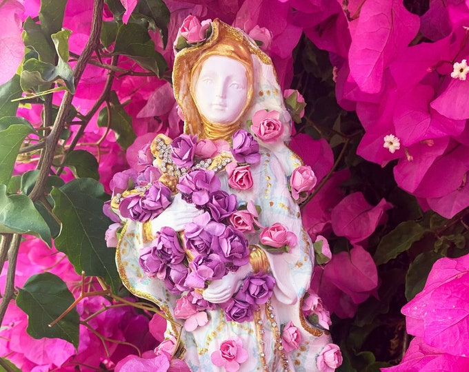 Unique Hand-painted St. Therese of Lisieux Statue - Patroness of Missionaries; HIV/AIDS Sufferers; Florists; Gardeners & Loss of Parents