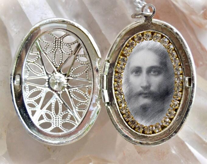 Jesus Christ Handmade Locket Necklace Catholic Christian Religious Jewelry Medal Pendant Yeshua