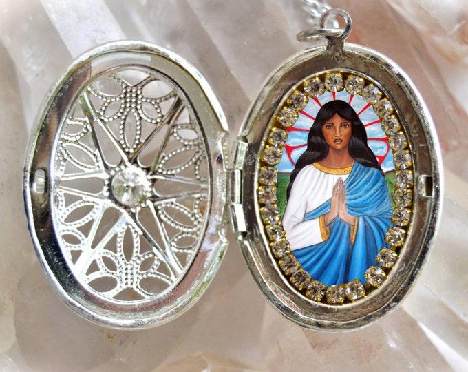 Saint Sarah Kali or Sara Kali Handmade Locket Necklace Gypsies Patron Saint Patronne des Gitans Catholic Religious Jewelry Medal Pendant