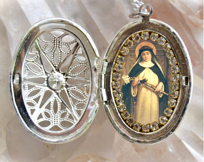 Catherine of Siena Locket - Patroness of Jurors; Nurses; Against fire; Bodily ills & Sick People - Handmade Necklace