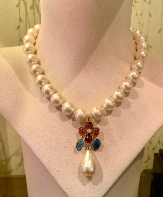 Chanel 1983 Gripoix Pearl and Gripoix Poured glass