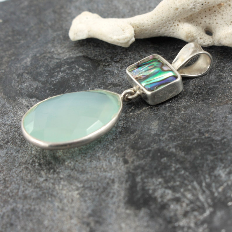 Bring Home the Beach with this Simply Elagant Paua Shell /& Blue Chalcedony Pendant