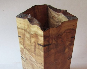 Hardwood Pet Urn - Ambrosia Maple