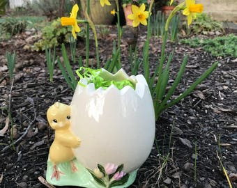 Chick and Egg Easter Planter-pink
