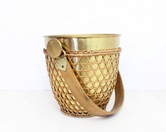 Beautiful ice bucket from the 70s with a cane holder