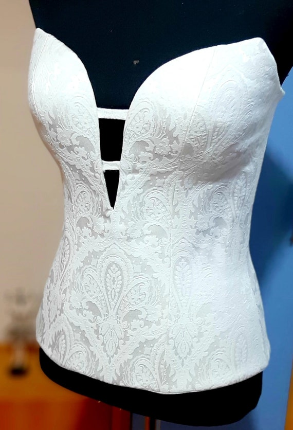 Pretty white flowers satin brocade fabric heart shaped corset off  ecru and peacock blue