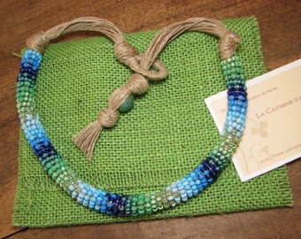 Necklace flax and seed beads blue and green in the Maasai spirit