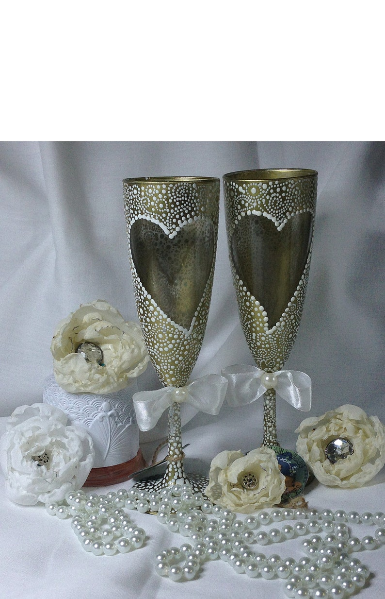 golden wedding gold wedding flutes champagne glass wine glasses toasting glasses personalized glasses golden anniversary gold wedding