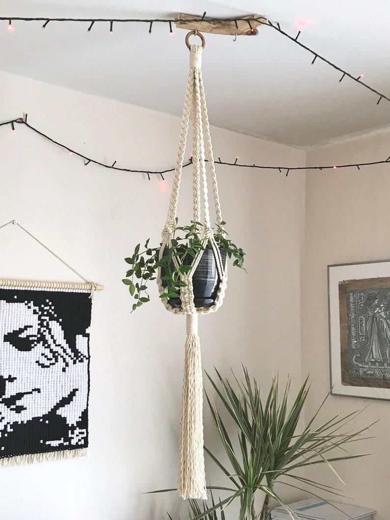 boho style pot holder plant hanging Macrame plant hanger