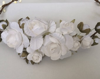 White flower crown, rose crown, white roses tiara, flower girl headband, bridal headband, bridesmaid headband, white roses hairpiece