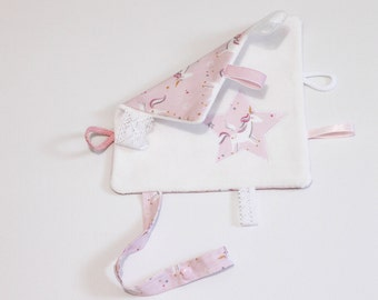 Customizable - blanket flat pacifier clip-cotton organic cotton lace and Ribbon - customize with the baby's name.