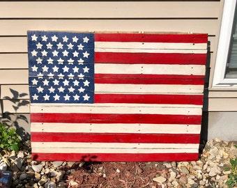 5526584d6de3 American Pallet Flag