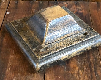 Authentic Late 1800's - Early 1900's Architectural Artifact -  Oak Wood Newell Post Top Rescued From Hyde Park Chicago Mansion Staircase