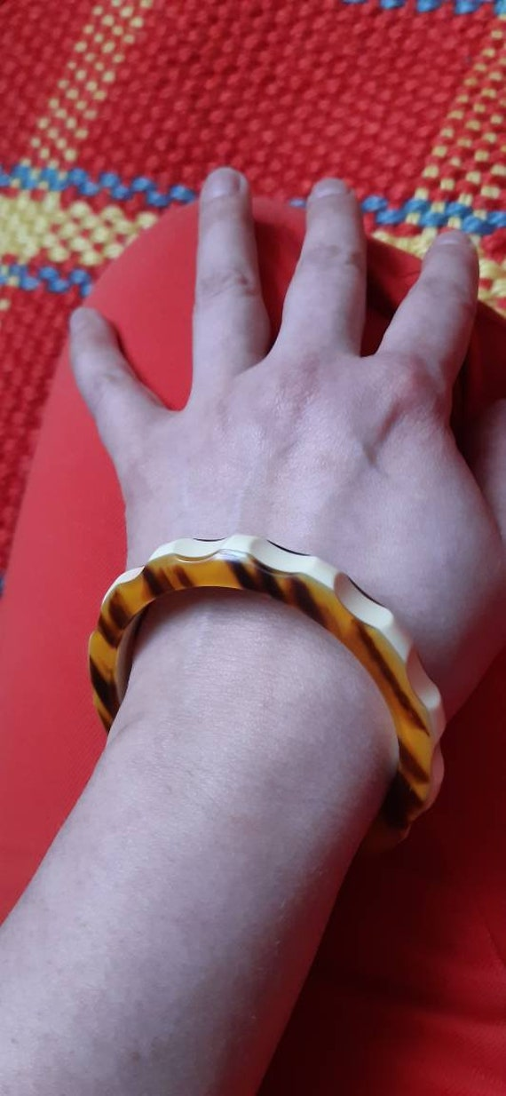 Bracelet bakelite