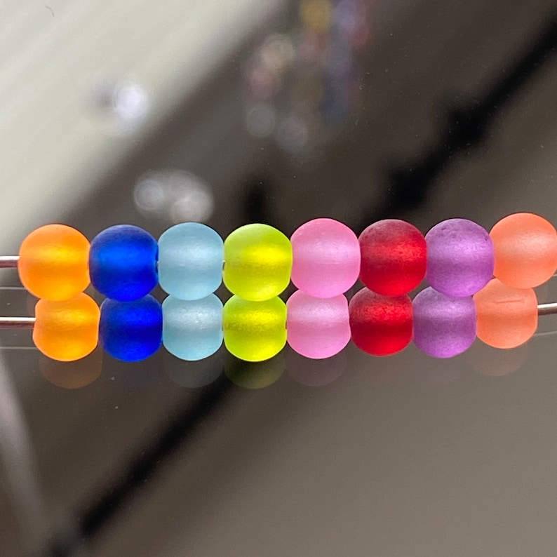 Frosted Package of 100 Beads Round Glass Beads 4mm Round Beads Super Colorful Mixed Beads Glass Beads Smooth #404A