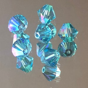 Clearance Snowflakes Green Crystal Pendants 14mm Celestial crystal pendants 2 pieces