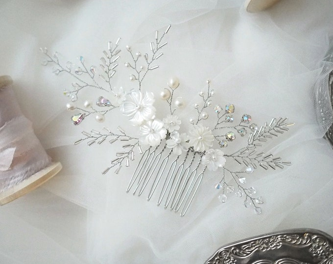Snow White mother of pearl floral bridal hair comb