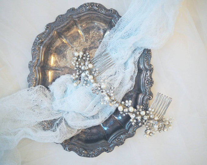 Elegant Sparkly hair comb with fresh water pearls