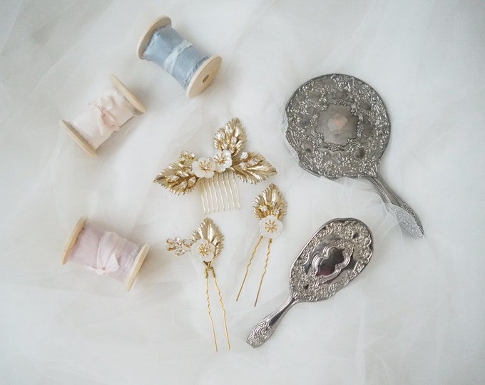 Lucia mother of pearl blossoms bridal haircomb and pin set