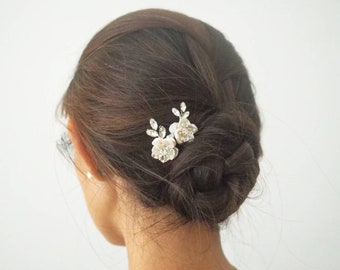 Baroque pearl cherry blossoms minimalist floral bridal haircomb
