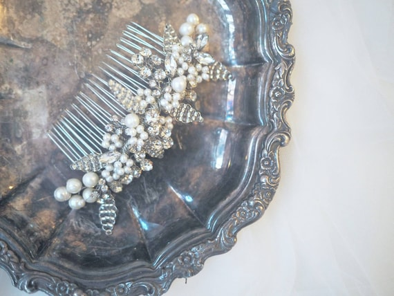 Sale!  Silver pearl blossom hair comb