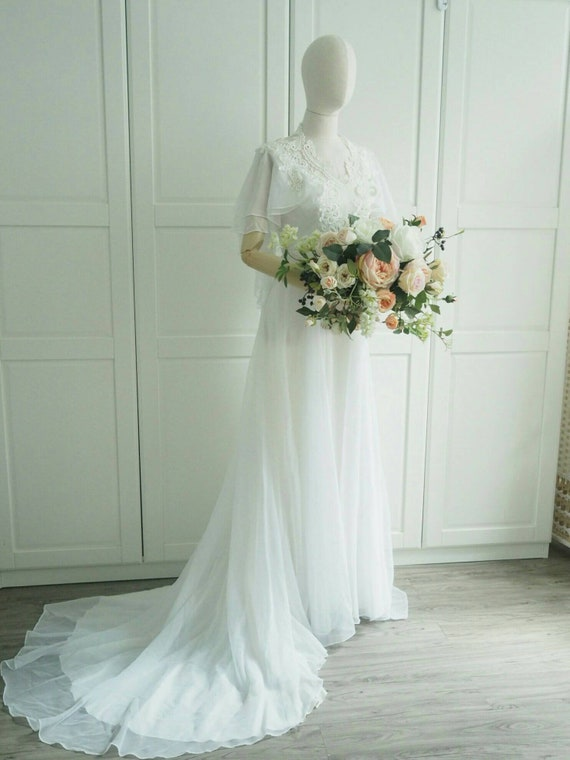 1970s handmade chiffon and lace capsleeves wedding gown