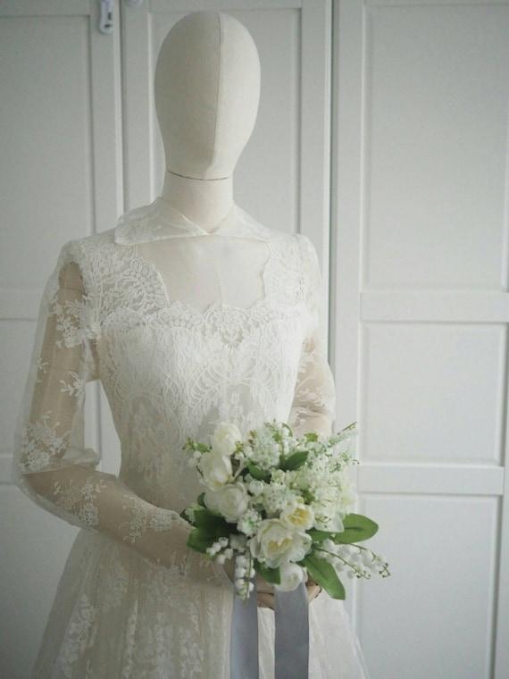 1960s Audrey Hepburn style wedding dress