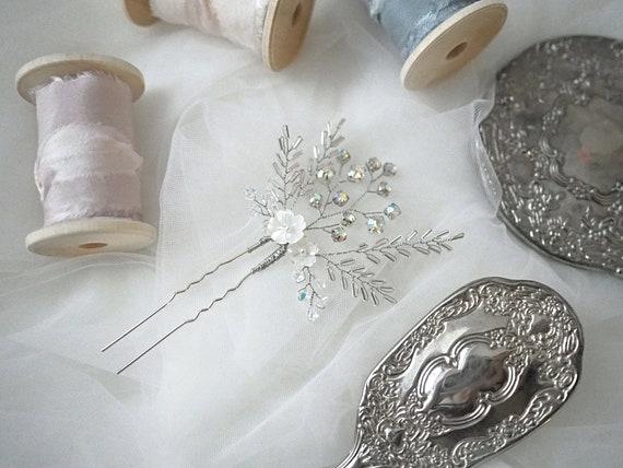 Petite Snow White bridal hair pin