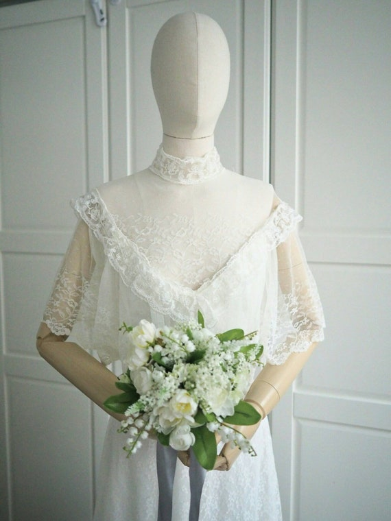 Sale! Vintage Victorian style boho wedding dress 40% off