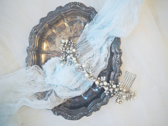 Sale! Elegant Sparkly hair comb with fresh water pearls